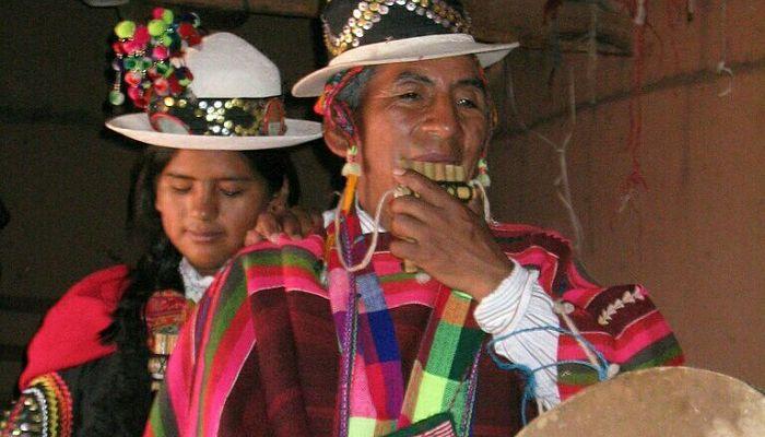 Trajes tradicionales mitología Aymara