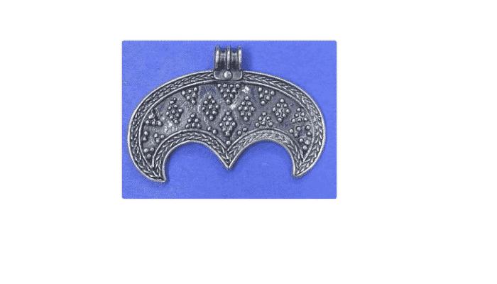 Símbolos de la mitología Eslava Lúnula