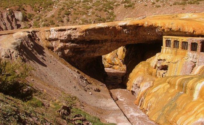 Mitología Incaica, Puente Inca