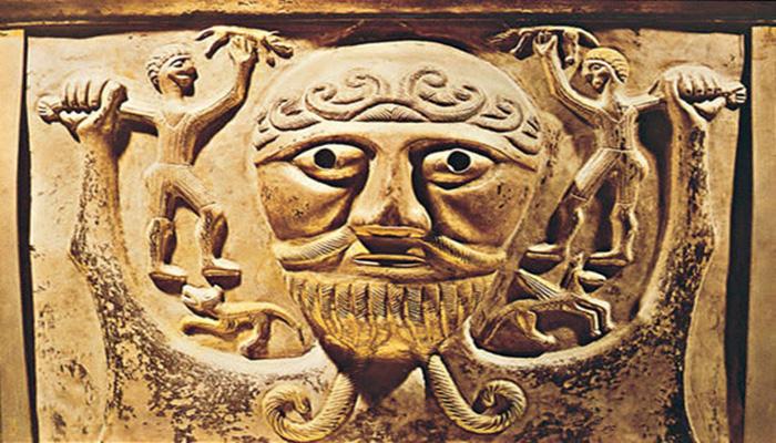 Escultura del dios celta